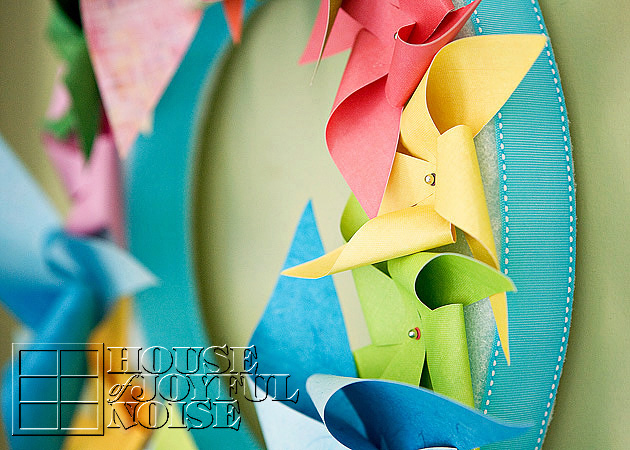 014_pinwheel-wreath