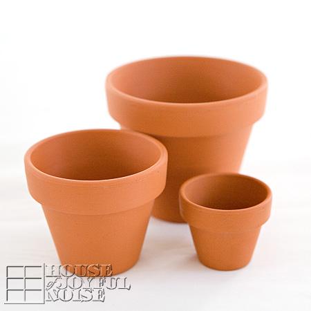 001_terracotta-pots