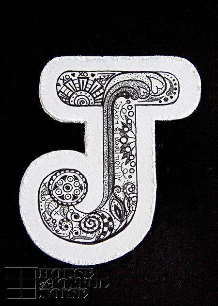 05_doodled-letter-art